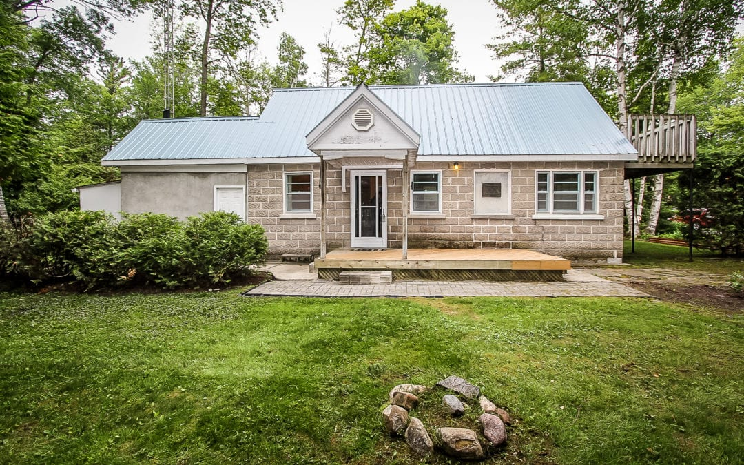 100 Pinecrest Ave, Wasaga Beach (SOLD)